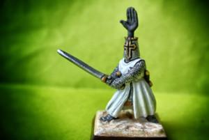 Cavaliere Teutone, rielaborazione in 25mm giallinovagabondo,pittura Beppe Barbazeni