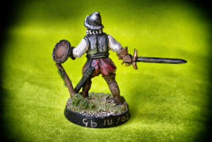 Swashbuckler,miniatura in metallo 28mm Wargames Foundry, pittura giallinovagabondo