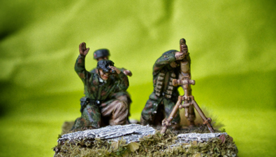 German Fallschirmjäger mortar team