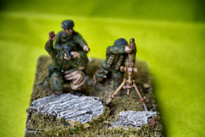 German Fallschirmjäger mortar team , soldatini in plastica scala 1/72,pittura giallinovagabondo