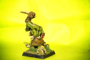 Orco Selvaggio,miniatura metallo 28mm Games Workshop,pittura giallinovagabondo
