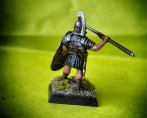 Pretoriano,miniatura 28mm plastica Warlord Games,pittura giallinovagabondo