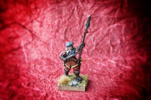 Ufficiale Scots Covenanters, miniatura Warlord Games 28 mm metallo, pittura giallinovagabondo