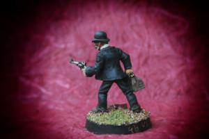 Dottor Watson, miniatura 28mm metallo Wargames Foundry,pittura giallinovagabondo