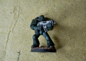 Space Marines dopo la pittura con il verde e il metallo
