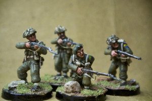 Canadian Infantry, miniature in plastica 28mm Warlord Games,pittura giallinovagabondo