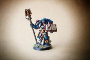Librarian Dark Angels Space Marines,miniatura 28mm metallo Games Workshop,pittura giallinovagabondo