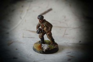 Red Army anti Tank Grenadier, miniatura plastica 28mm Warlord Games,pittura giallinovagabondo