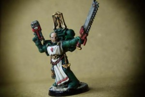 Sergente Veterano Dark Angels Space Marines, miniatura in plastica Games Workshop 28mm, pittura giallinovagabondo