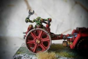 Particolare meccanico Space Orks Skorcha,miniatura metallo 28mm Games Workshop,pittura e rielaborazione giallinovagabondo