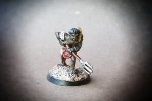 Reziario miniatura 28mm metallo Crusader Miniatures,pittura giallinovagabondo