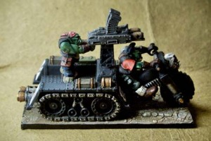 Orks Wartrakk, miniatura 28 mm plastica Games Workshop,pittura giallinovagabondo