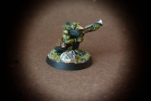 Gretchin,miniaturain plastica 28mm Games Workshop,pittura giallinovagabondo